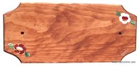 plaque d'adresse en pin teint et peint à la main