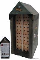 abris en bois pour abeilles solitaires